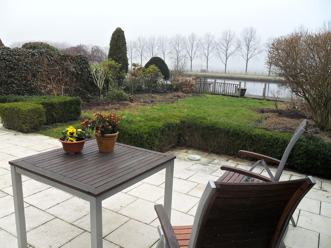 Buitenwens-Tuinontwerp-Heemskerk-Groene-tuin-Leimuiden-aan-de-vaart-Voor