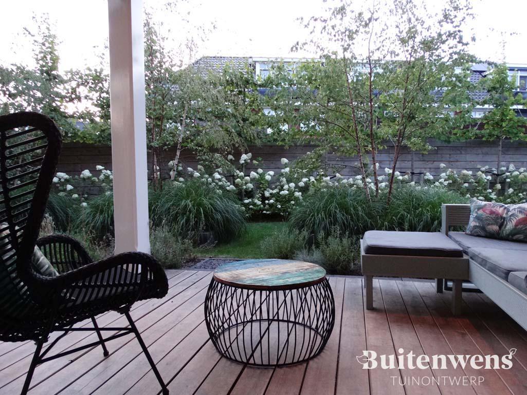 Van veranda naar tuin Buitenwens Tuinontwerp Heemskerk