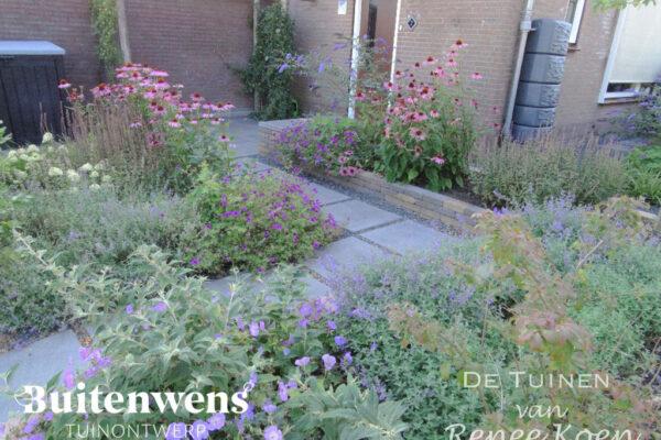 Buitenwens-Tuinontwerp-Heemskerk-Metamorfose-Groene-Voortuin