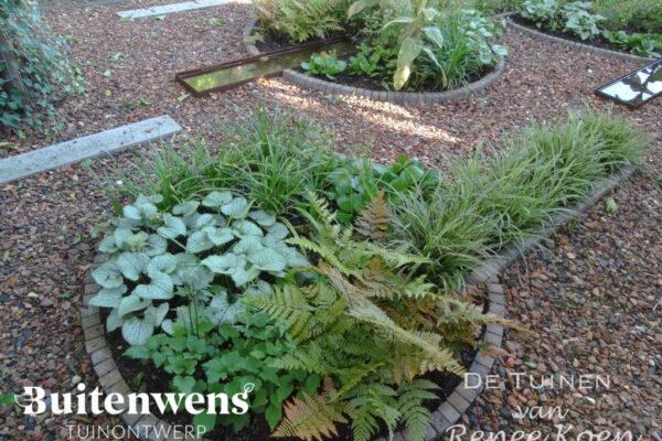 Buitenwens-Tuinontwerp-Heemskerk-Ronde-en-Rechte-Vormen